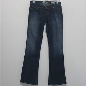 It Jeans- Women's size 28 - Flare Fit
